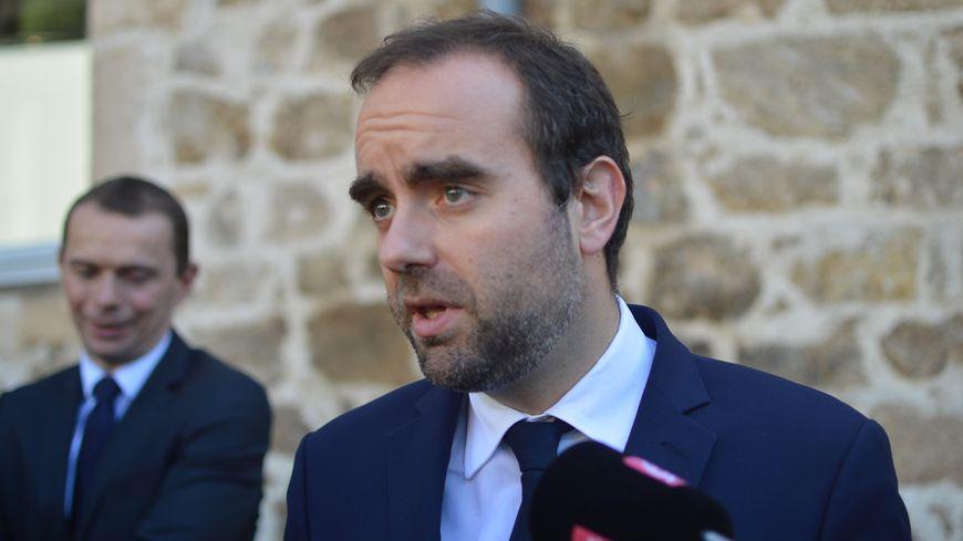 Le ministre des collectivités territoriales Sébastien Lecornu.