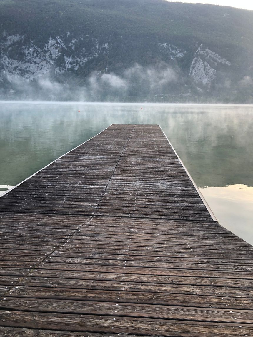 Brume sur le lac d'Aiguebelette