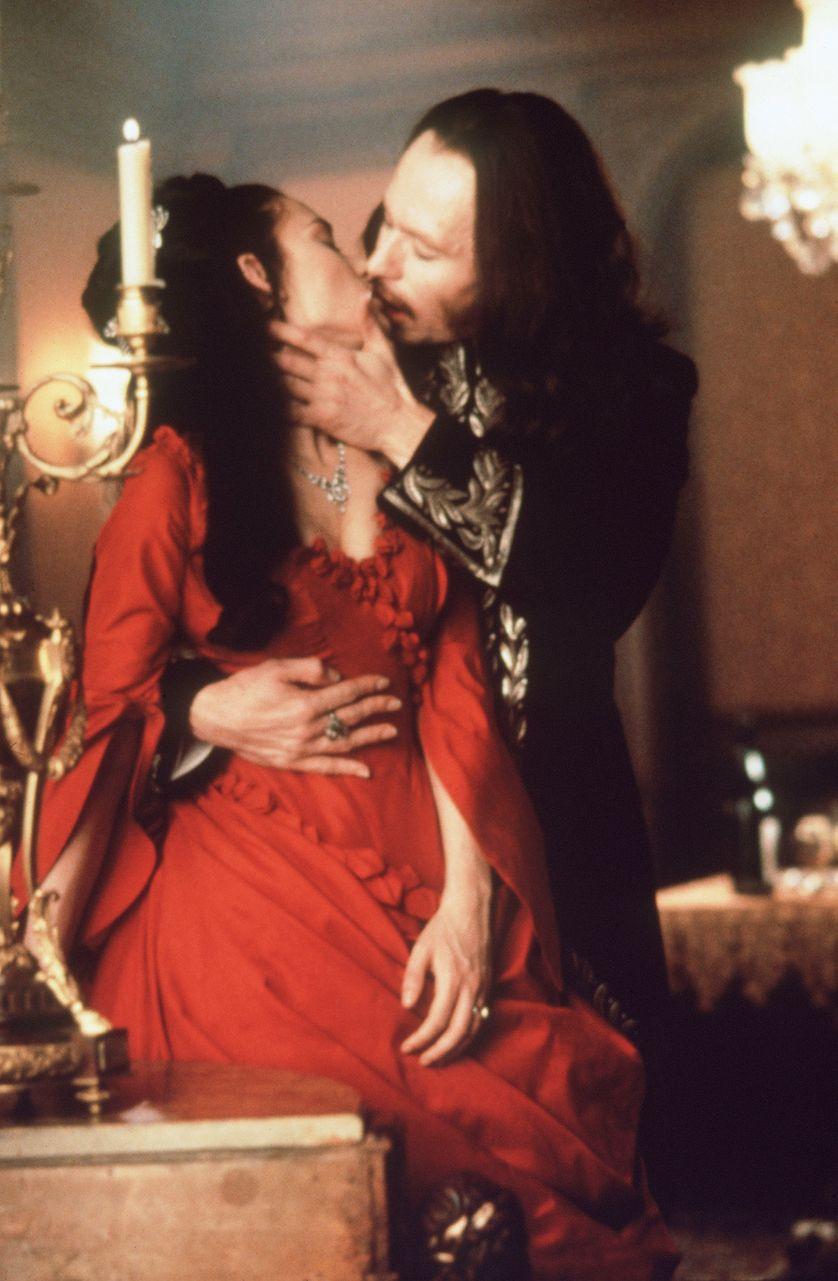 Le vampire au cinéma, une histoire de transgression sexuelle