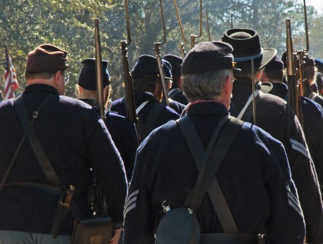Reconstitution : la marche des troupes de l'Union