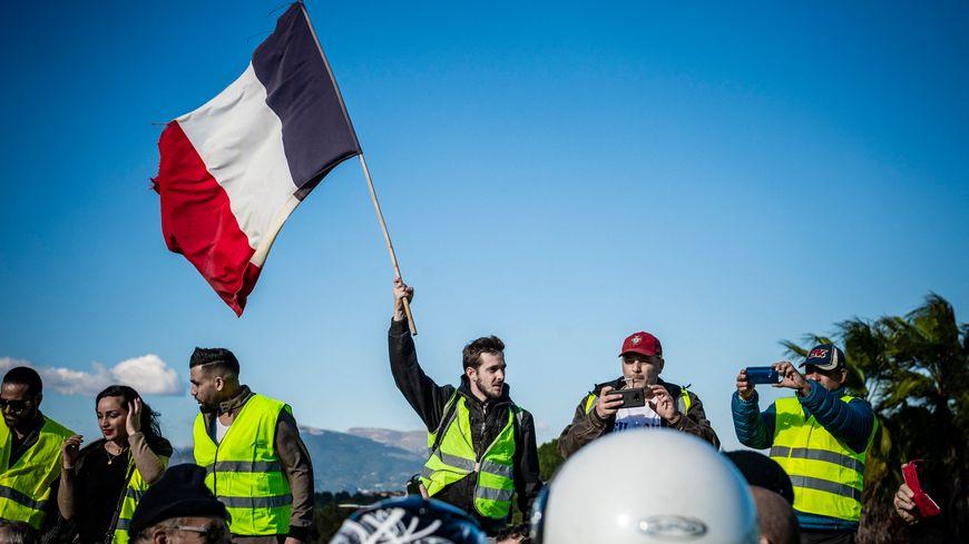 """Le mouvement des """"gilets jaunes"""" a commencé le 17 novembre 2018 dans toute la France."""