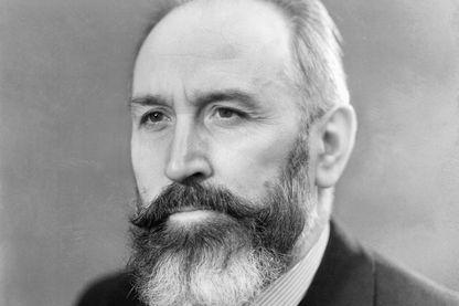 Marx Dormoy en 1937, devenu ministre de l'Intérieur sous le Front populaire après le suicide de Roger Salengro