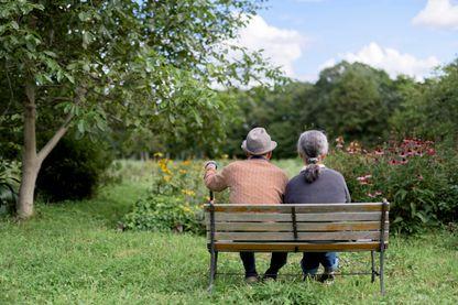 La vieillesse reste entourée de représentations négatives