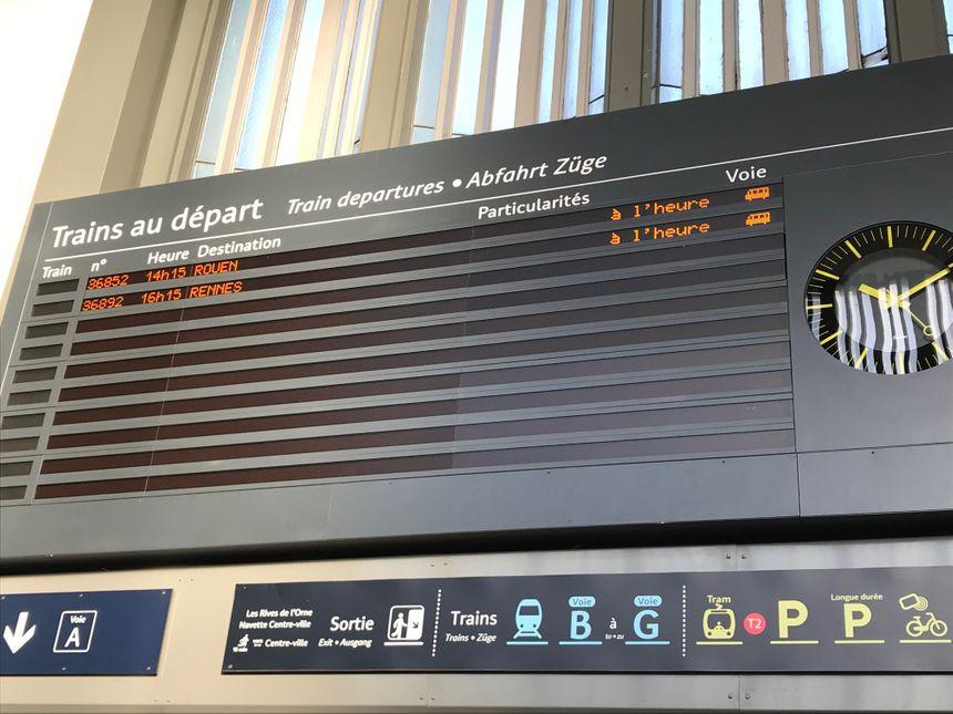 Très peu de trains à l'affichage ce vendredi matin en gare de Caen.