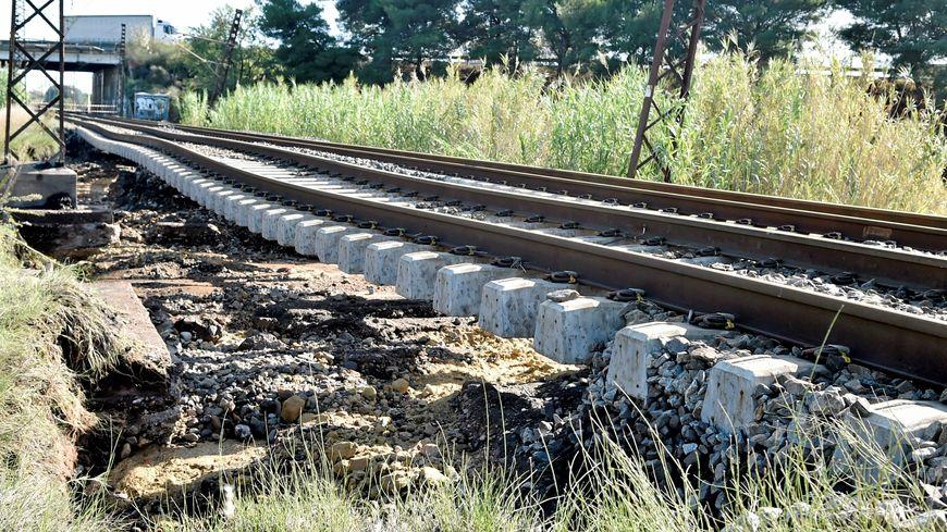 Les voies de la SNCF endommagées