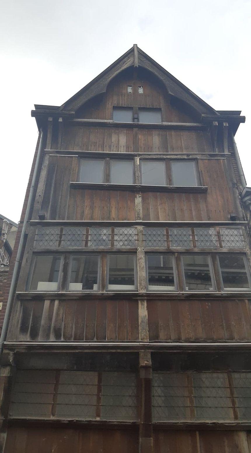 La façade du 94 rue de Paris