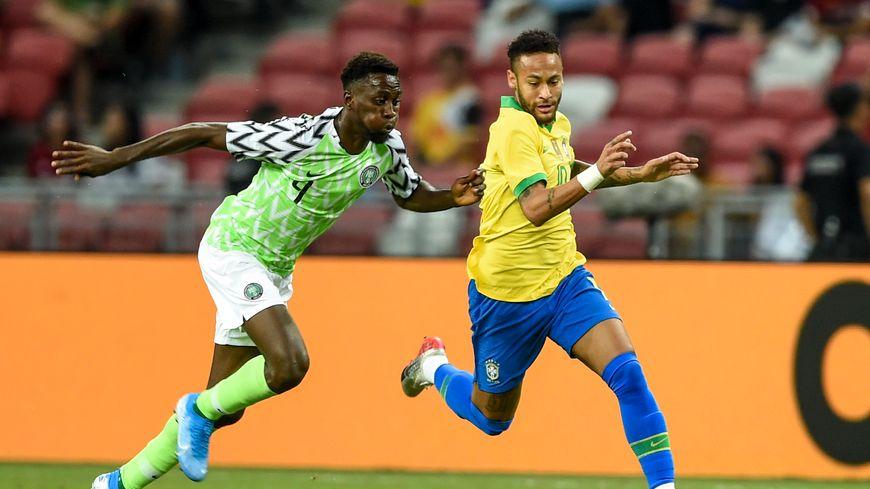 Neymar s'est blessé avec le Brésil face au Nigéria