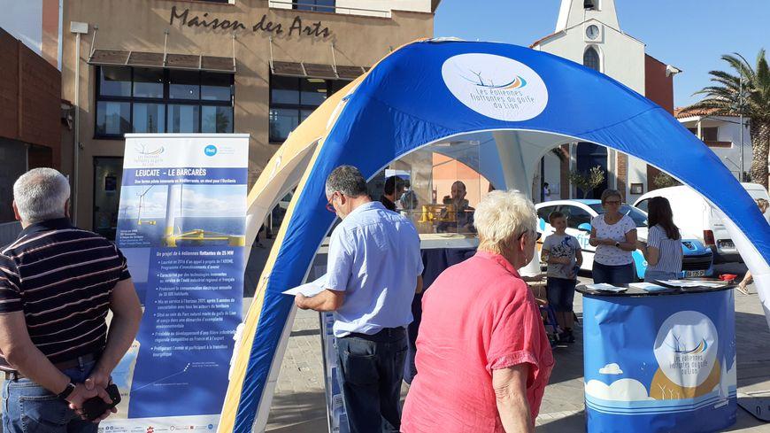 Sur le marché du Barcarès, les habitants ont pu échanger sur l'investissement possible sur ce projet d'éoliennes