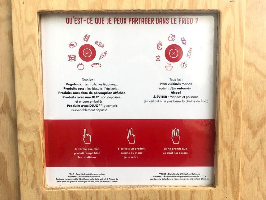 Il y a quelques règles à respecter pour déposer de la nourriture dans ce frigo solidaire.