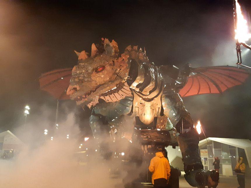 Un dragon pour assurer le renouveau de Calais.