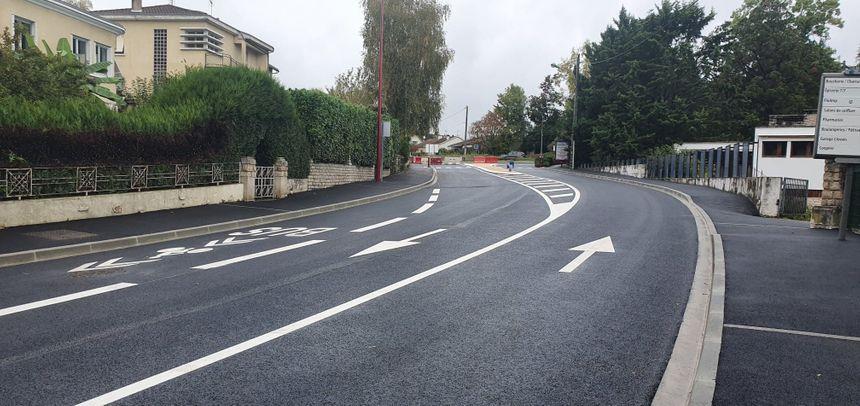 L'aménagement pour le Bus à haut niveau de service (BHNS) est terminé avenue du général de Gaulle à Coulounieix-Chamiers