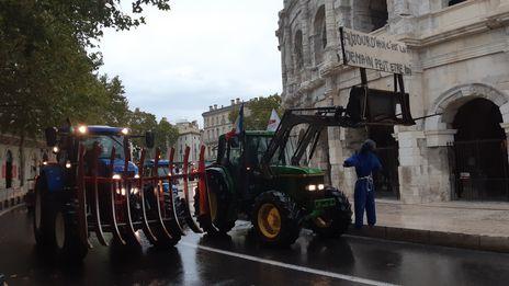 VIDEO - Colère des agriculteurs à Nîmes