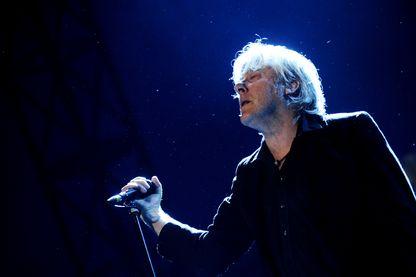 Le chanteur Arno en concert au Théâtre de la mer en 2013