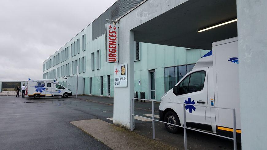 Le Pôle Santé Sarthe et Loir (PSSL), sur la commune du Bailleul, est confronté à de graves difficultés de recrutement, notamment dans le service des urgences