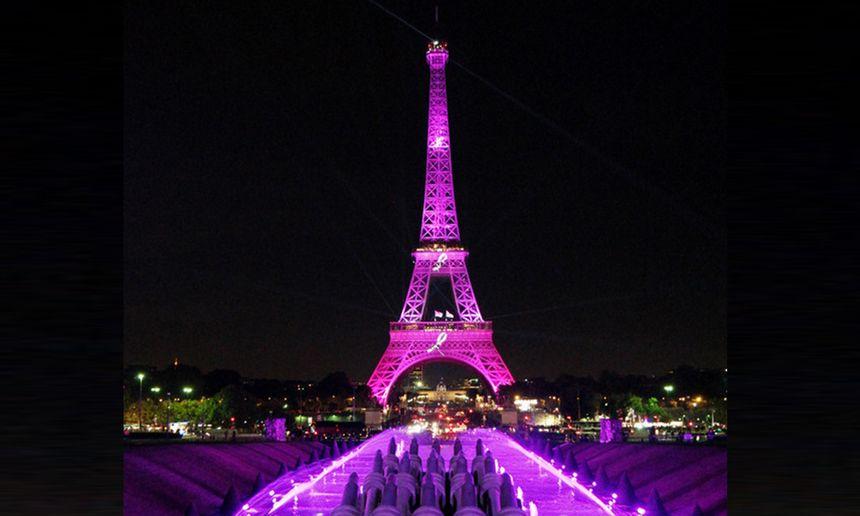 La tour Eiffel en rose pour Octobre Rose