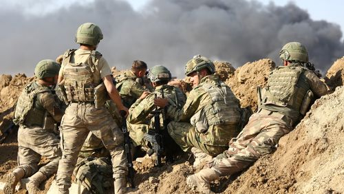 La France suspend ses exportations d'armes vers la Turquie