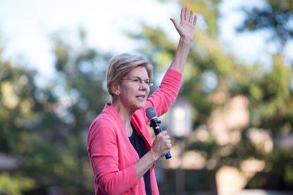 Elizabeth Warren en campagne dans le New Hampshire le 25 septembre 2019. La Sénatrice du Massachussetts est passée en tête des candidats démocrates dans les sondages nationaux.