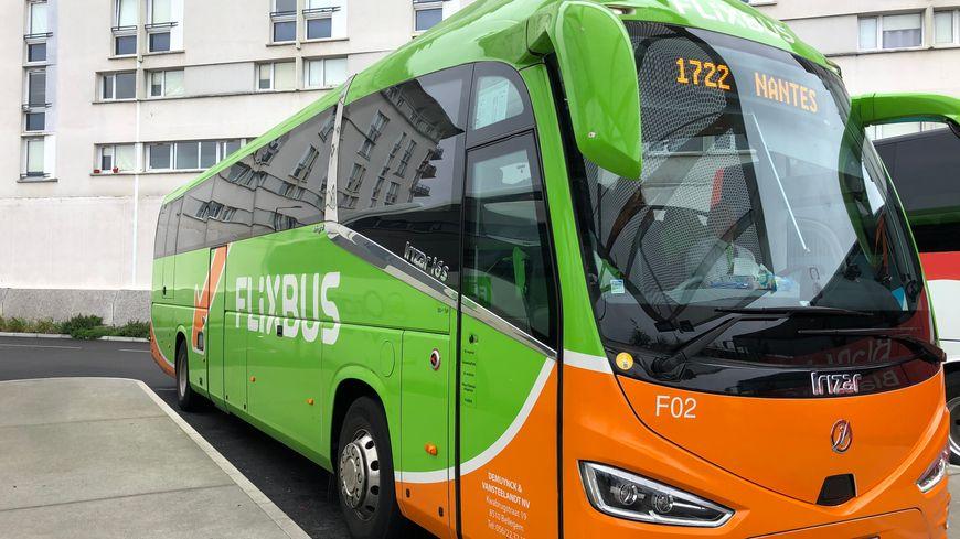 Un car Flixbus, au départ de Rennes.