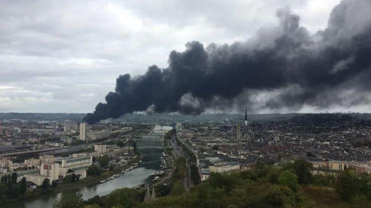 26 septembre : la fumée noire vient aussi de Normandie Logistique à Rouen