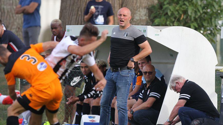 François Seguin dirigeait l'équipe réserve du Stade lavallois en National 3.
