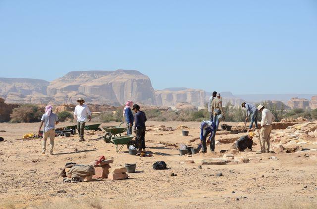 Archéologues français et saoudiens sur le chantier d'Al Ula