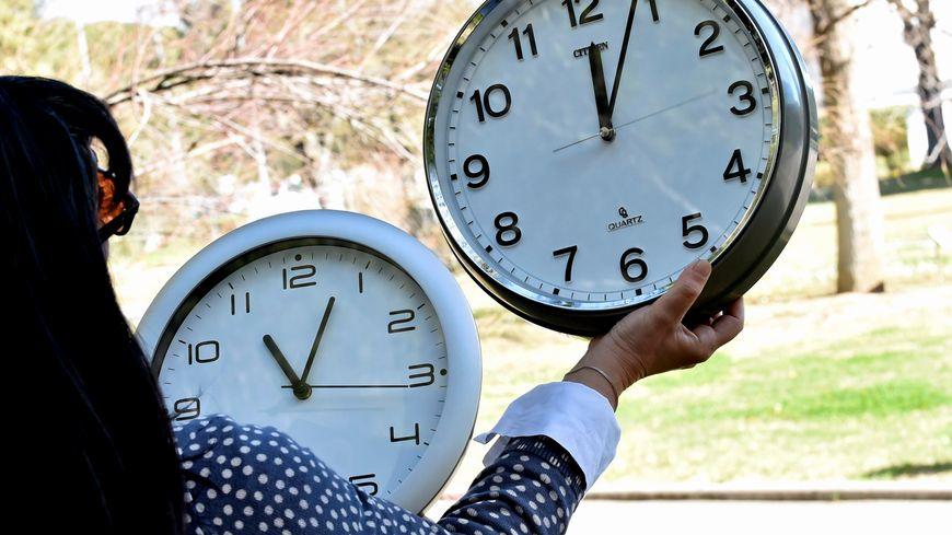 La fin du changement d'heure n'est pas prévu avant 2021, au mieux.