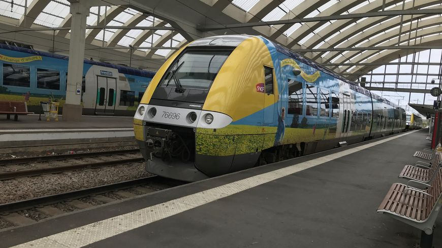 Les TER sont restés éteints en gare de Reims ce samedi
