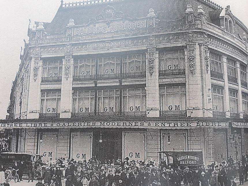 Les anciennes Galeries modernes de Belfort, boulevard Carnot. Extrait du livre