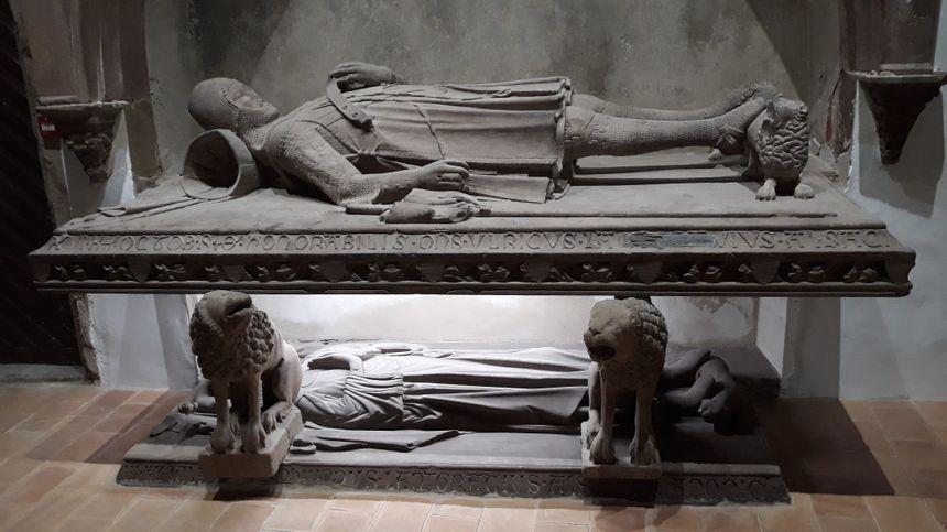 L'église St Guillaume accueille un gisant médiéval