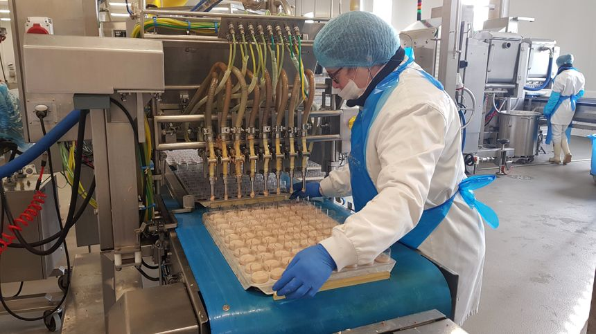 Au cœur de la chaîne de fabrication dans la nouvelle usine.