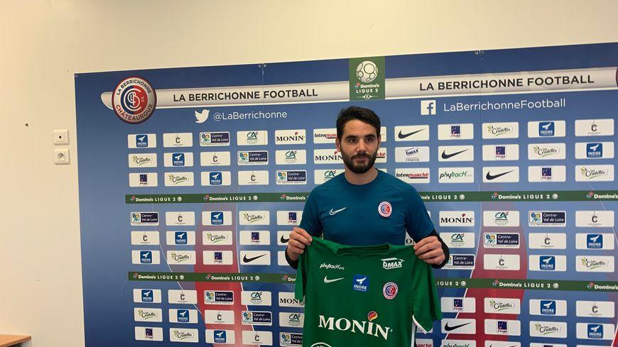 Le gardien de but Julien Fabri est propulsé titulaire dans les buts Castelroussins 48h après son arrivée