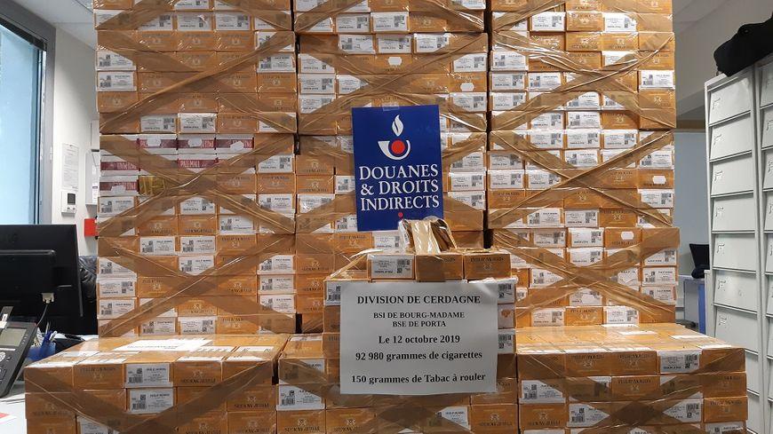 Les cartouches de cigarettes andorranes saisies par les douaniers des Pyrénées-Orientales