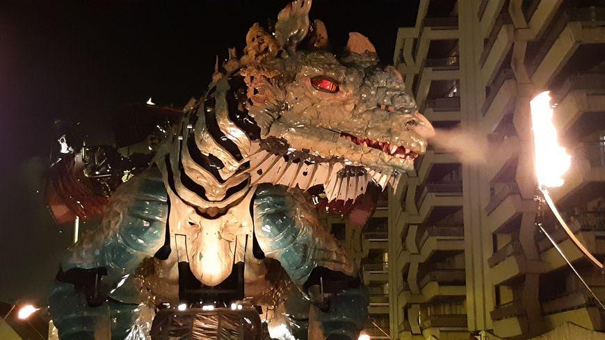 Les professionnels du tourisme attendent beaucoup du Dragon de Calais.
