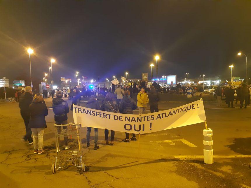 Des manifestants favorables au transfert de l'aéroport Nantes-Atlantique
