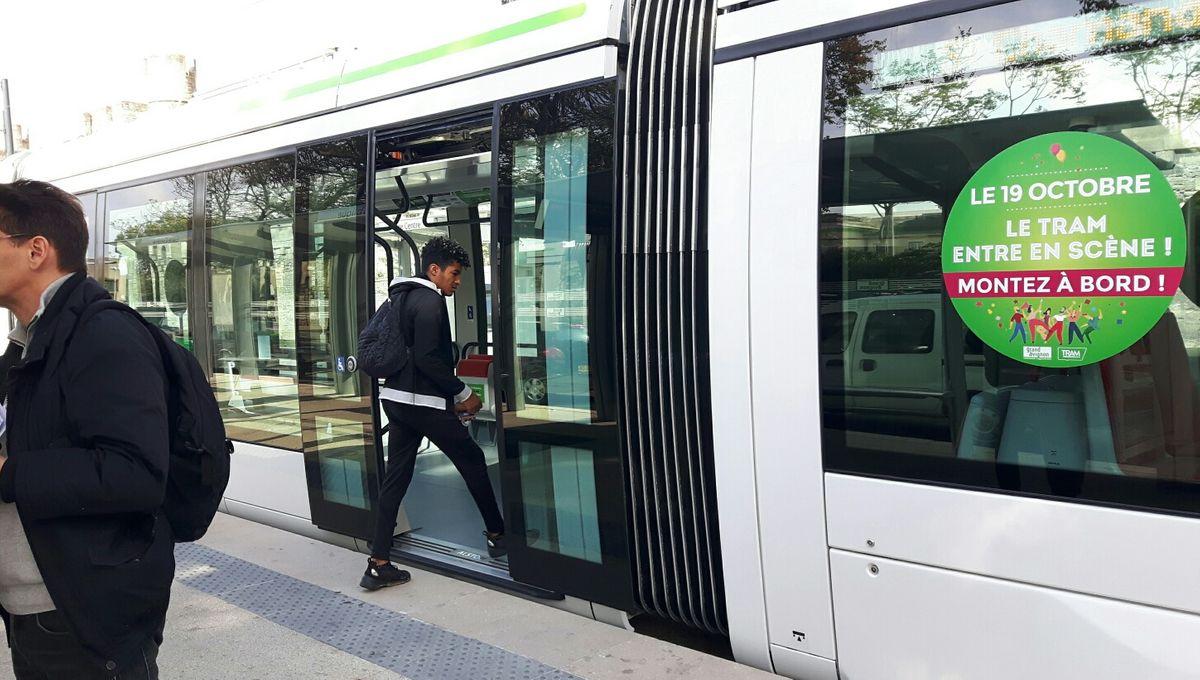 Rencontre avec Jean Mazet, le spécialiste de l'histoire du tramway à Avignon : le reportage de Daniel Morin