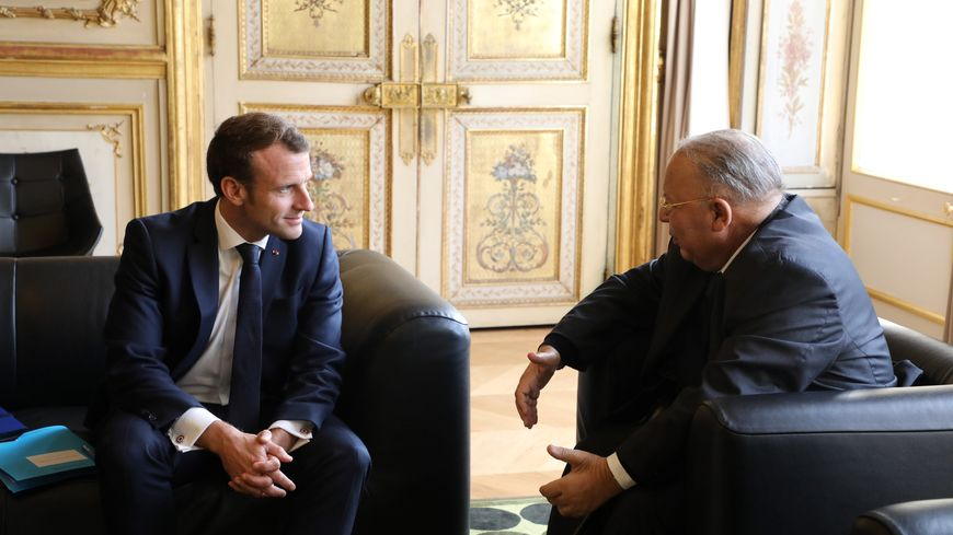 Emmanuel Macron et le président du  Conseil français du culte musulman Dalil Boubakeur lundi 28 octobre.