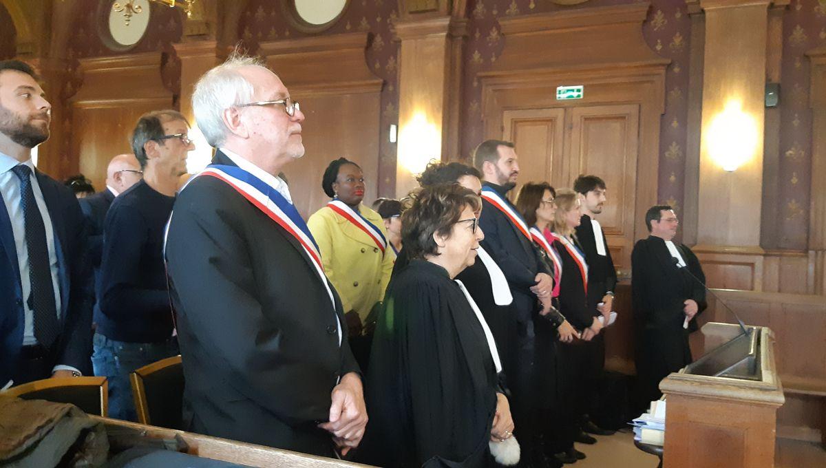 Glyphosate : des maires du Val-de-Marne devant le tribunal pour défendre leurs arrêtés