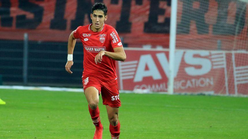 Nayef Aguerd, le défenseur central du DFCO sera absent plusieurs semaines en raison d'une blessure à la cheville