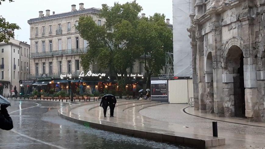 La pluie à Nîmes