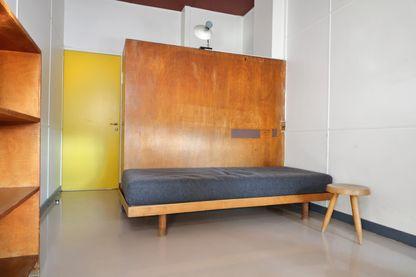 Meubles de Charlotte Perriand au pavillon suisse de la cité Universitaire à Paris