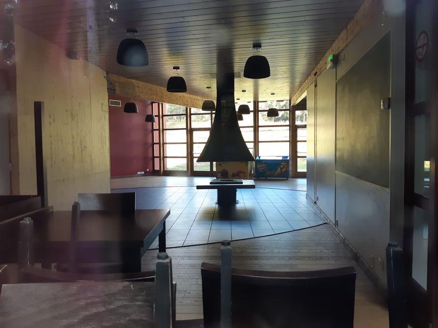 Ces dernières semaines, les employés du site de Pessade ont fait place nette. Les bâtiments sont aujourd'hui totalement fermés.