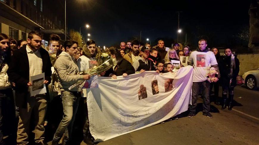 600 personnes avaient participé à la marche blanche en novembre 2016 en mémoire de Tony, mort dans le quartier Châtillons à Reims (Marne).