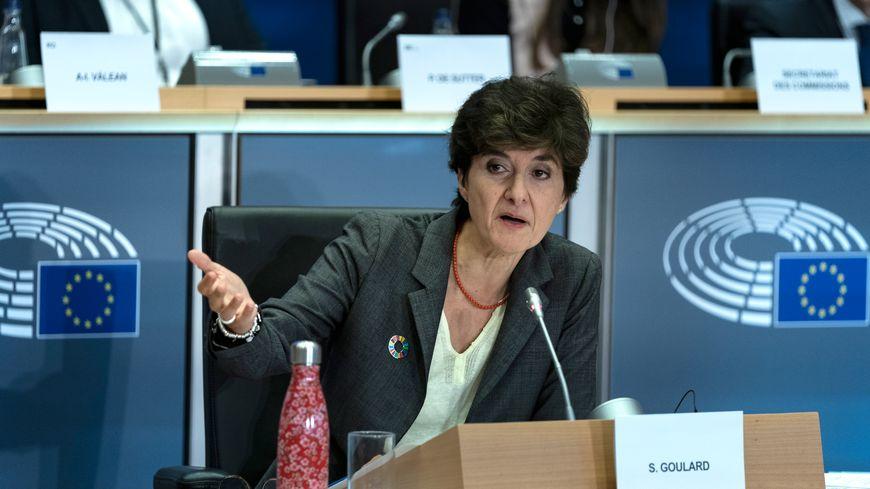 Sylvie Goulard lors de sa seconde audition par les eurodéputés, jeudi 10 octobre 2019 à Bruxelles (Belgique)
