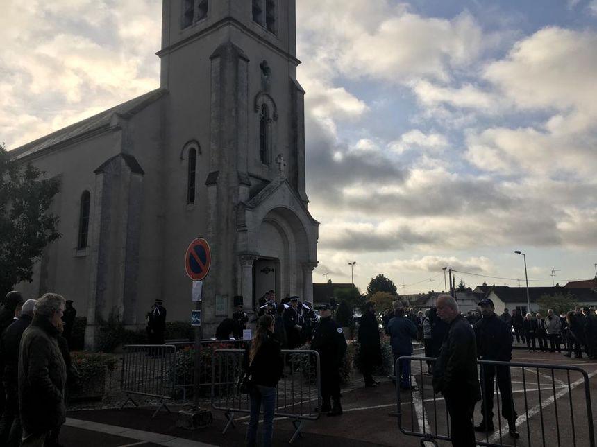 L'église de Villemandeur (Loiret) avant le début de la cérémonie, ce 10 octobre 2019