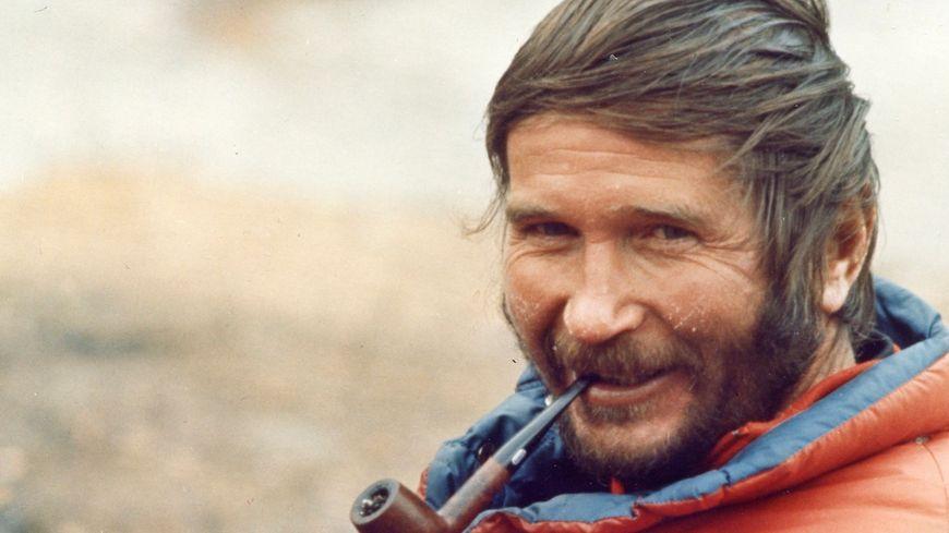 Robert Paragot chef de l'expédition française sur le pilier Ouest du Makalu en 1971
