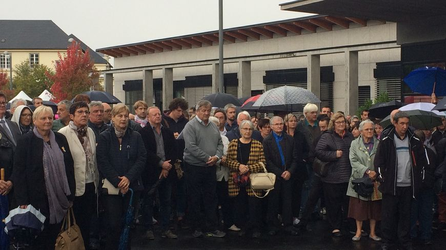 De nombreux salariés et résidents de la Fondation ont fait le déplacement à Ussel pour la cérémonie hommage à Jacques Chirac