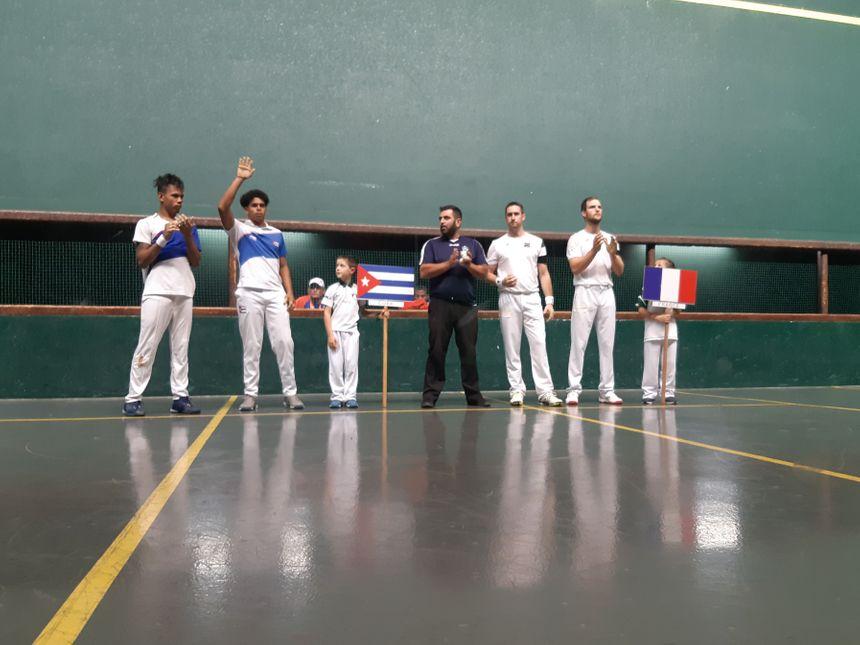 La demi-finale a opposé les pilotari de la Fédération française à Cuba