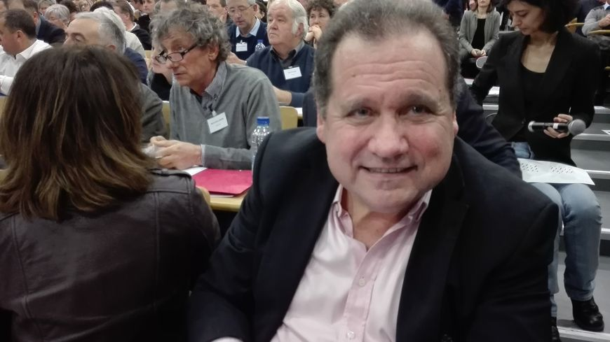 Max Brisson, sénateur LR des Pyrénées-Atlantiques, rapporteur de la proposition de loi sur la neutralité religieuse à l'école