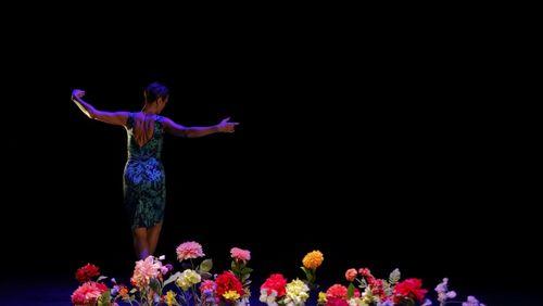 Organiser la joie sur scène
