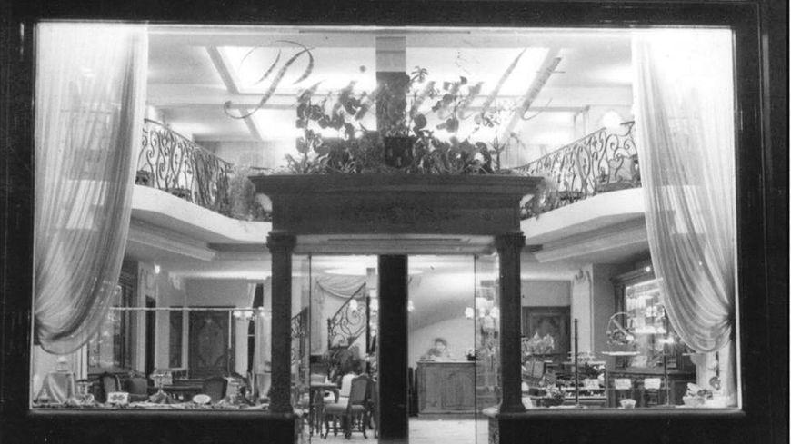 Pâtisserie Poirault - 1960 - 1982 - 31, rue Nationale - Tours